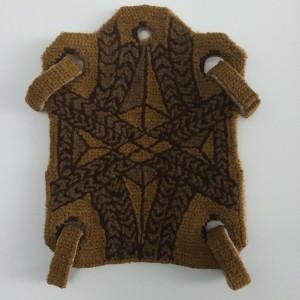 Placa Protectora Vaccea (colete) em bordado de arraiolos, Ángela Tobar