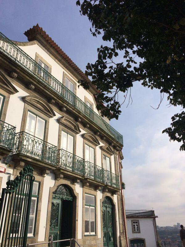 Antigo Clube Inglês e Camélia