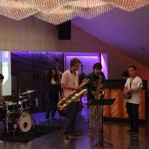 Alunos de Jazz do Conservatório de Música do Porto tocam no bar da Casa da Música nos 10 Anos da Casa