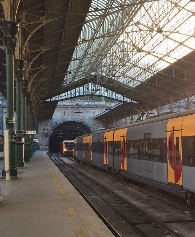 Linhas da Estação de São Bento