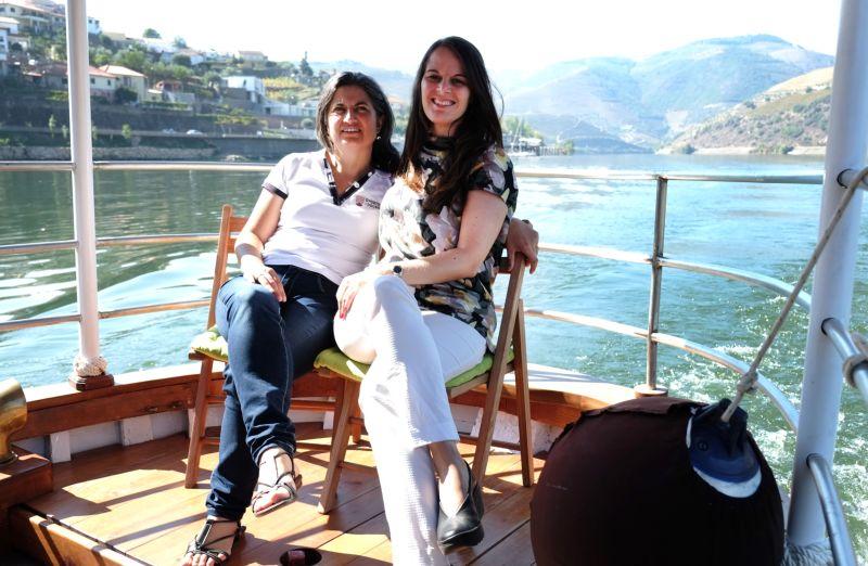 Sara Dias E Vera Dantas À Saída De Folgosa Do Douro