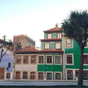 Fusão de cor nos azulejos do Porto | Porto's color fusion tiles